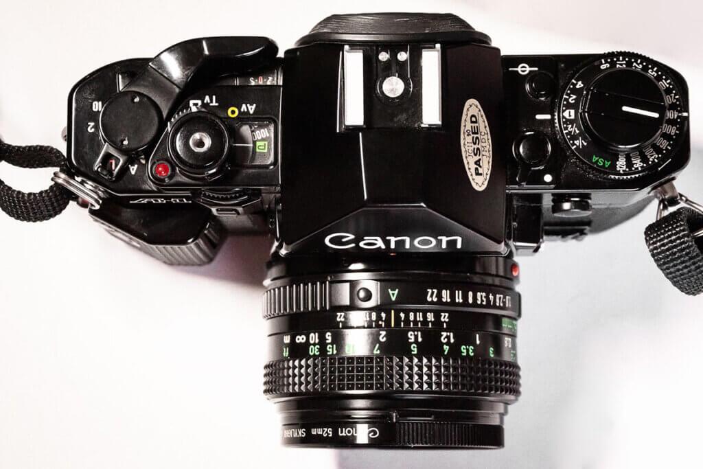 controles de la cámara reflex Canon A-1